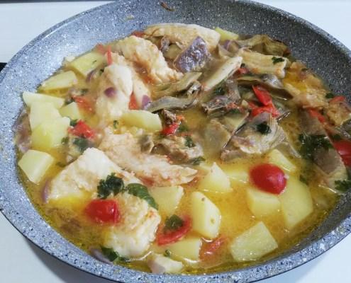 Filetti di baccalà con patate e carciofi