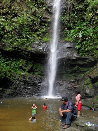 ahuashiyacu-waterfall-tarapoto