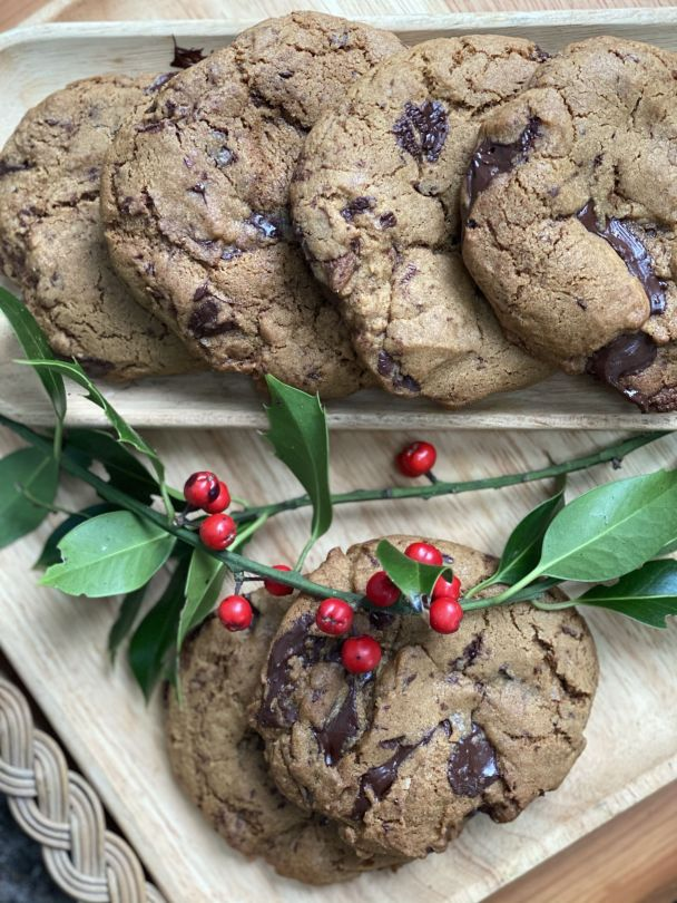 Gingerbread & Chocolate Chip American Style Cookies