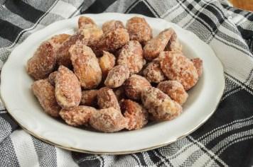 Shakarli Bodom (Uzbek Sugar-Coated Almonds)