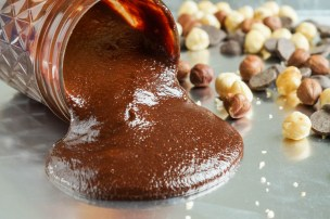 Gianduja (Italian Chocolate Hazelnut Spread)
