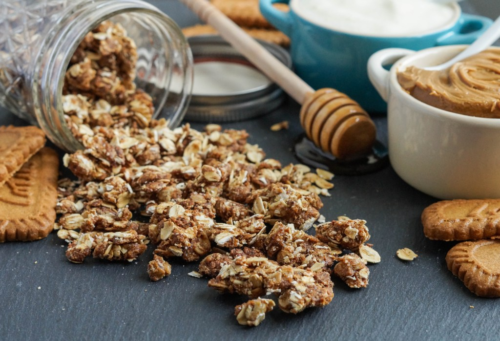 Cookie Butter Granola (3 of 3)