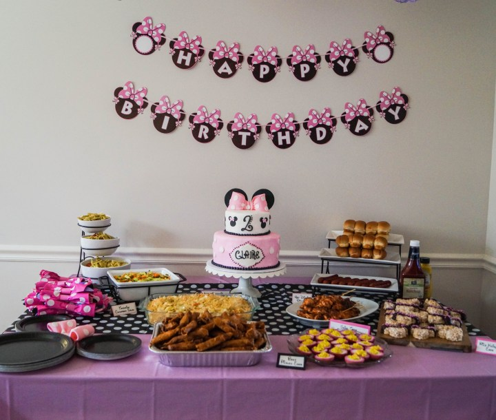 Pleasant Claires Minnie Mouse Birthday Party Taras Multicultural Table Funny Birthday Cards Online Unhofree Goldxyz