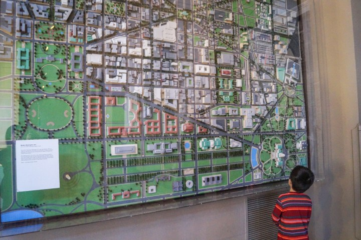 Looking at an aerial model of Washington DC.