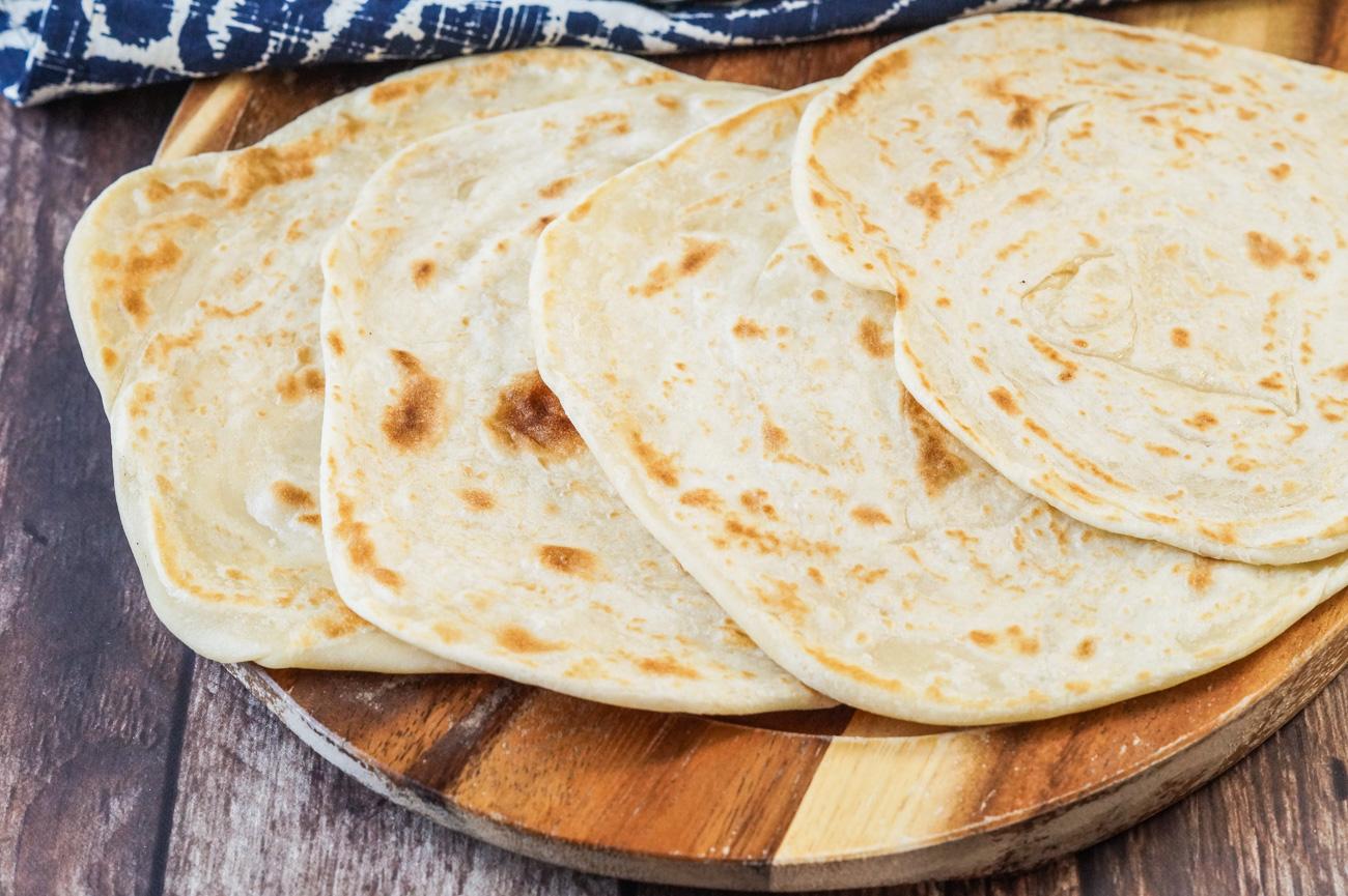 Chapati Za Ngozi (Kenyan Soft-Layered Chapati) - Tara's ...