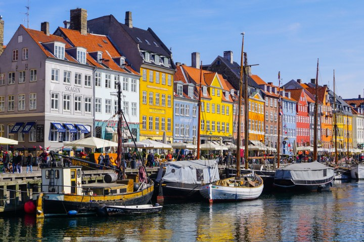 Colorful buildings on the water in Nyhavn