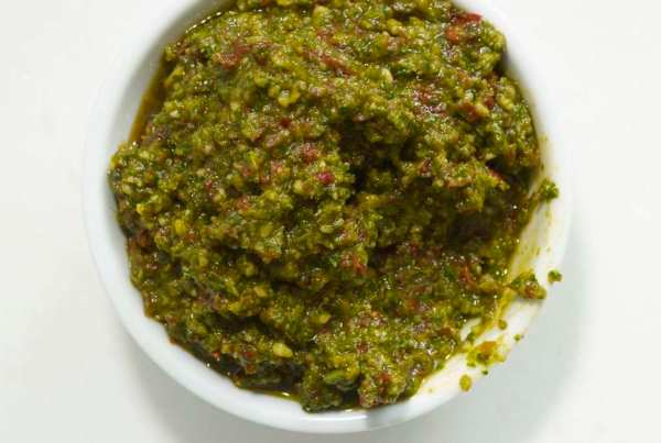Surprise! This savory herb sauce isn't your standard fare. Sun Dried Tomato Pesto combines classic basil pesto flavors with tangy sun-dried tomatoes.