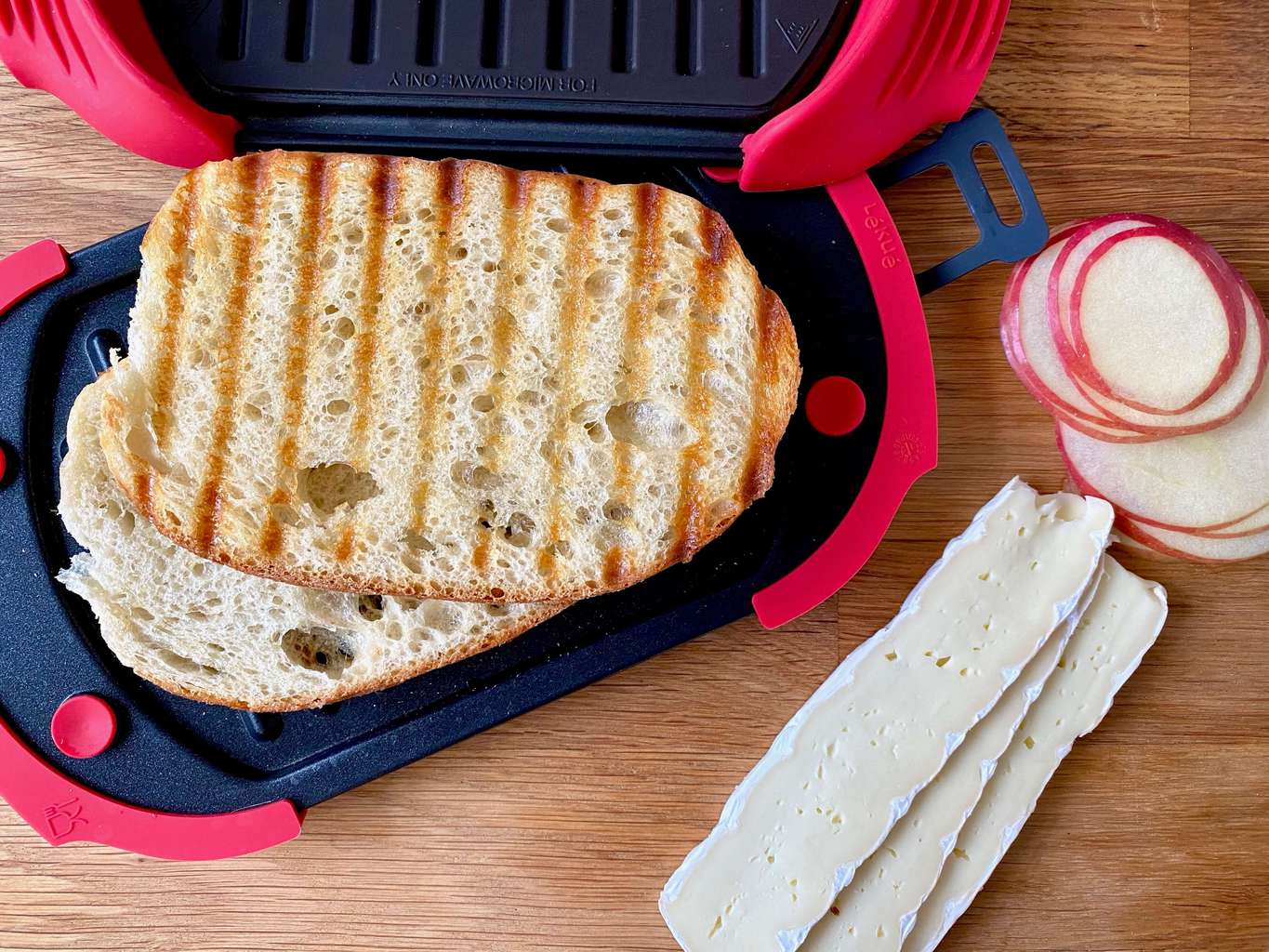 microwave hot grilled sandwiches in a