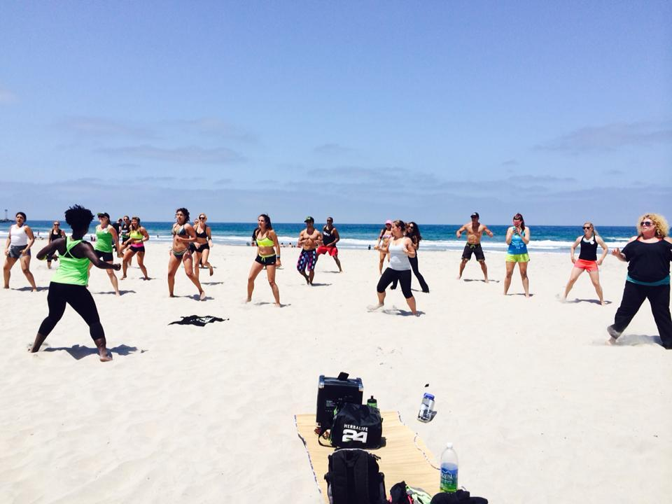 Herbalife Fit Club Beach Zumba