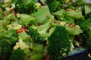 Blanched Broccoli with Chilies, Capers & Chopped Egg