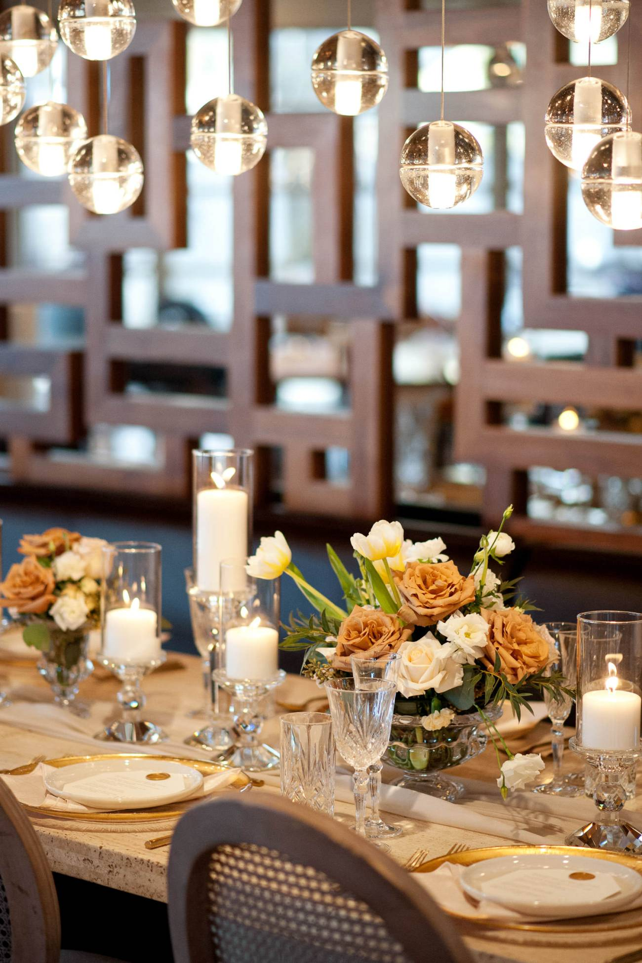 gold and crystal on a romantic head table at Alloy captured by Tara Whittaker Photography