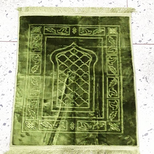 Beautiful High Quality Islamic Prayer Mat/Rug
