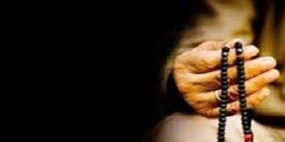 Makruhkah Bertasbih dengan Tangan Kiri