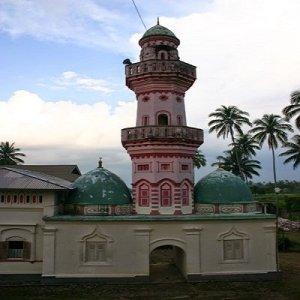 Revitalisasi Pendidikan Islam Surau
