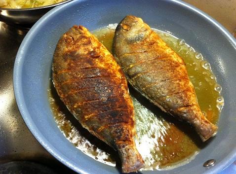 طريقة عمل السمك المقلي العراقي