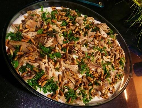 طريقة عمل فتة الدجاج مع الأرز باللحم