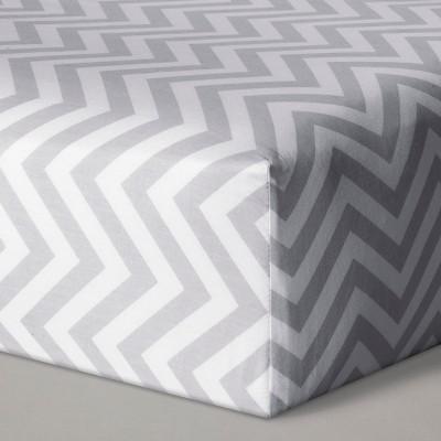 Fitted Crib Sheet Chevron - Cloud Island™ Gray