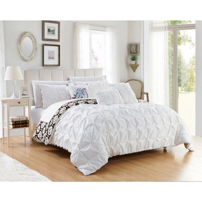 Yabin Bed in A Bag Comforter Set - Chic Home