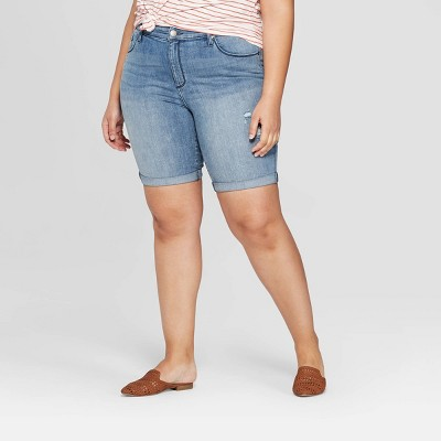 Women's Plus Size Mid-Rise Bermuda Jean Shorts - Universal Thread™ Light Blue