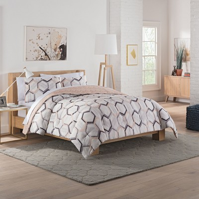 Vue Hexagonal Reversible Comforter & Sham Set