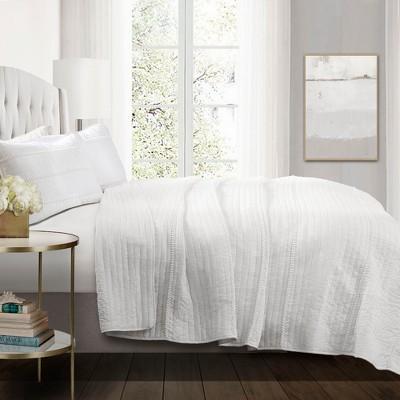 White Pom Pom Stripe Quilt Set - Lush Decor