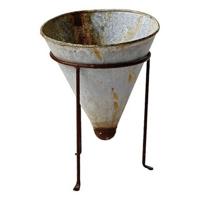 """Metal Cone Shaped Planter with Stand Silver 10.5"""" 2pk - 3R Studios"""