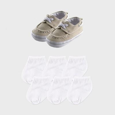 Luvable Friends Baby Boys' 7pc Boat Shoes & Socks - Beige