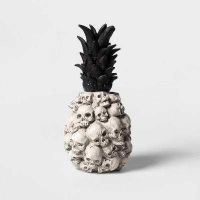 skull pineapple halloween decoration