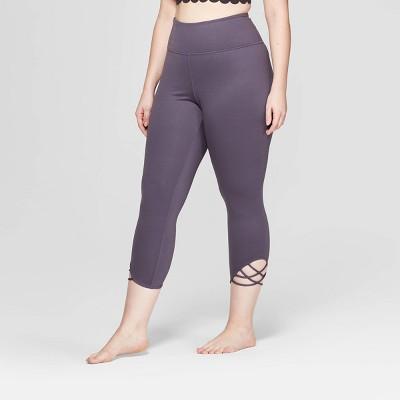 Women's Plus Size Comfort High-Waisted 3/4 Knotted Leggings - JoyLab™
