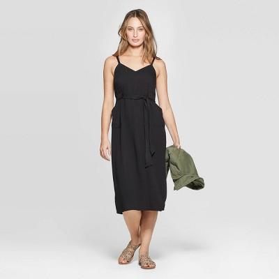 Women's Sleeveless V-Neck Belted Midi Dress - Universal Thread™