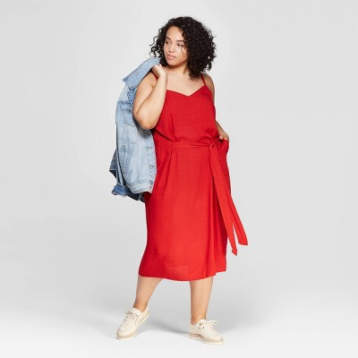 Women's Plus Size Sleeveless V-Neck Belted Midi Dress - Universal Thread™