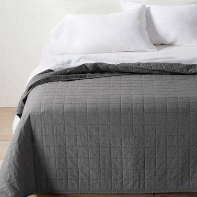 full queen heavyweight linen blend quilt dark gray casaluna