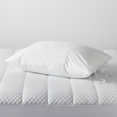 adjustable pillow standard queen white made by design