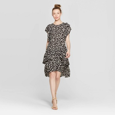 Women's Floral Print Short Sleeve Scoop Neck Asymmetric A Line Dress - Who What Wear™ Black/White