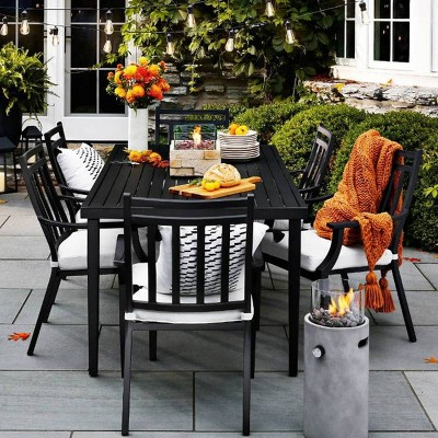 fall outdoor dining furniture