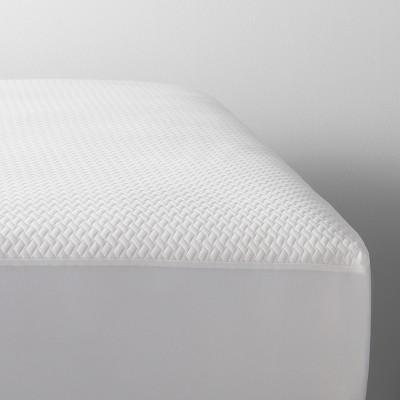 Temperature Balancing Mattress Protector - Made By Design™