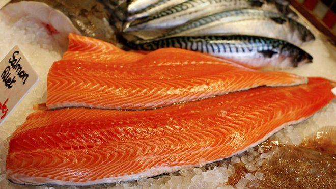 'Somon paniği': Balıktan virüs geçer mi?