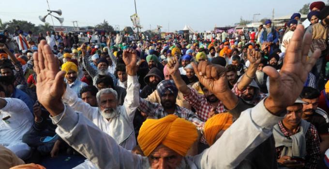 Hindistan'da Çiftçilerle İlgili Flaş İddia