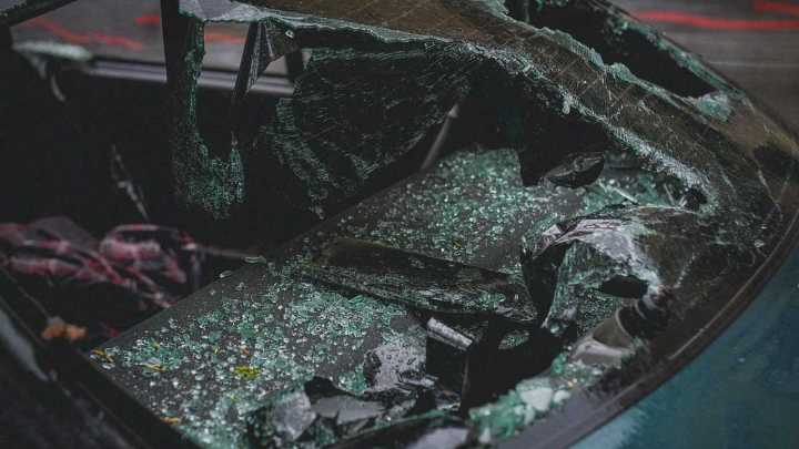 vehicle injury caused by shattered glass after car crash