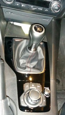 Excellent shifter - precise and short