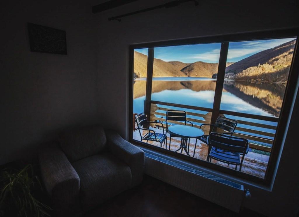 Twin Lake House 34