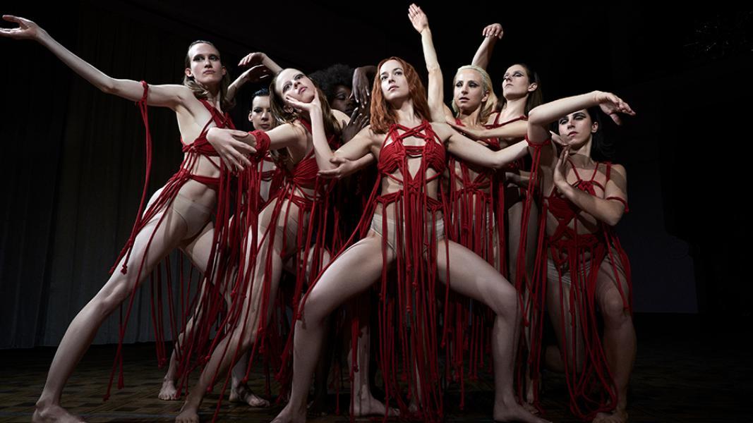 La tenuta di Ana Mendieta fa causa agli Amazon Studios, rivendicando il remake di un classico dell'orrore.