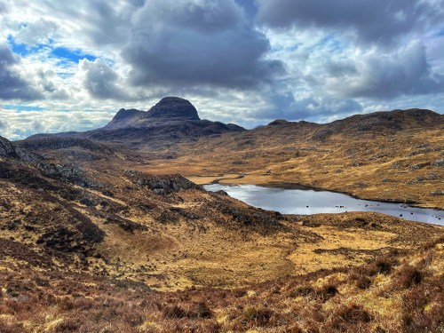Suilven from car park