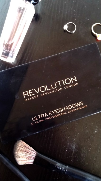 Makeup Revolution Eyeshadow Palette Closed - Edited