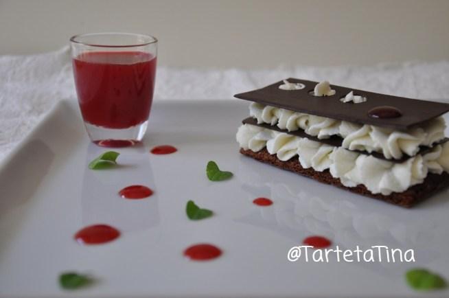 millefoglie di cioccolato con mousse di ricotta e salsa di fichidindia dell'Etna Dop