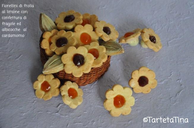 Fiorellini di frolla al limone