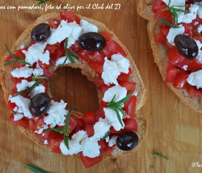 Il mio dakos con pomodori feta ed olive per il Club del 27