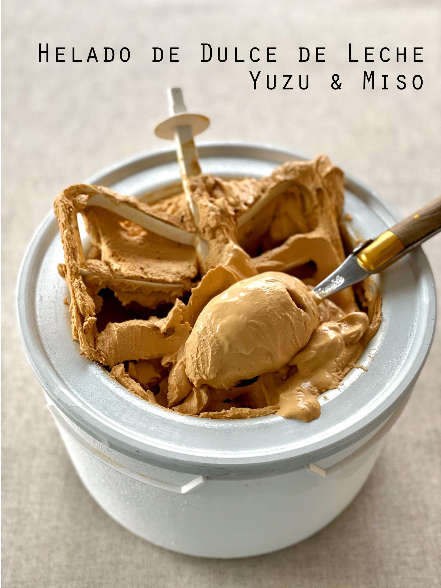 Helado de dulce de leche, yuzu y miso (sin gluten ni huevos)