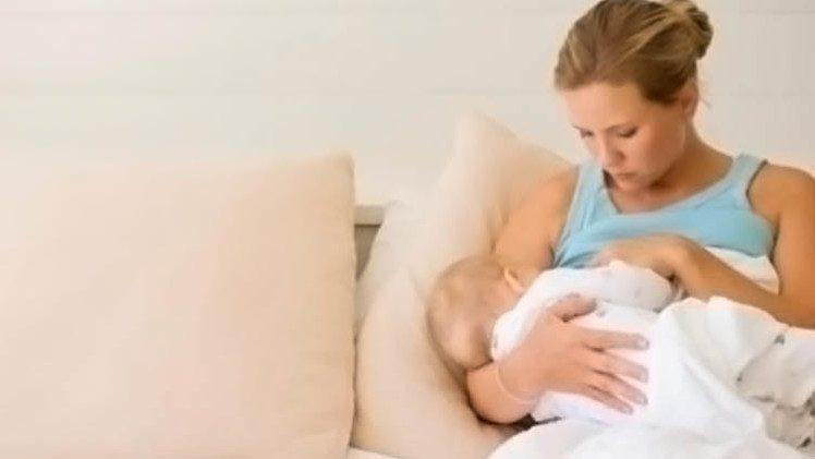 استمرار ارضاع الأم لطفلها طويلا يرفع مستوى ذكائه