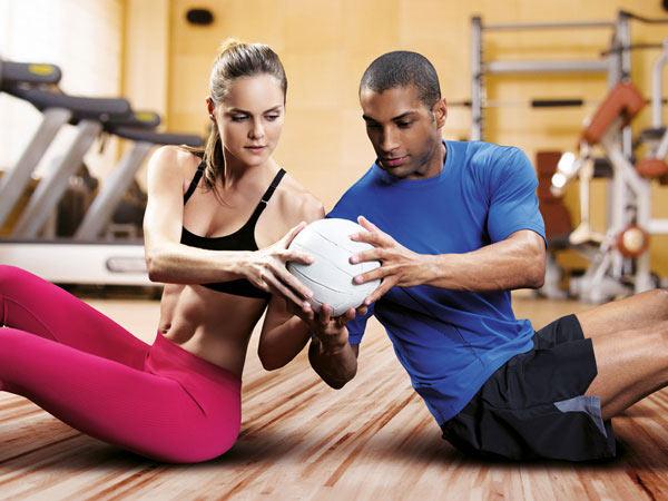 كيفية تقوية جسمك وعلاقتك بزوجك في نفس الوقت